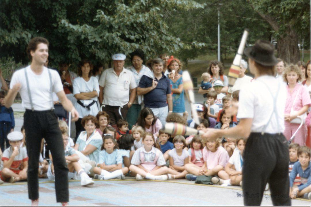 Amuseurs publics au parc La Fontaine